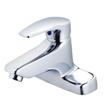 Vòi rửa Vòi rửa lavabo nóng lạnh CAESAR BT402CPnóng lạnh CAESAR BT421C