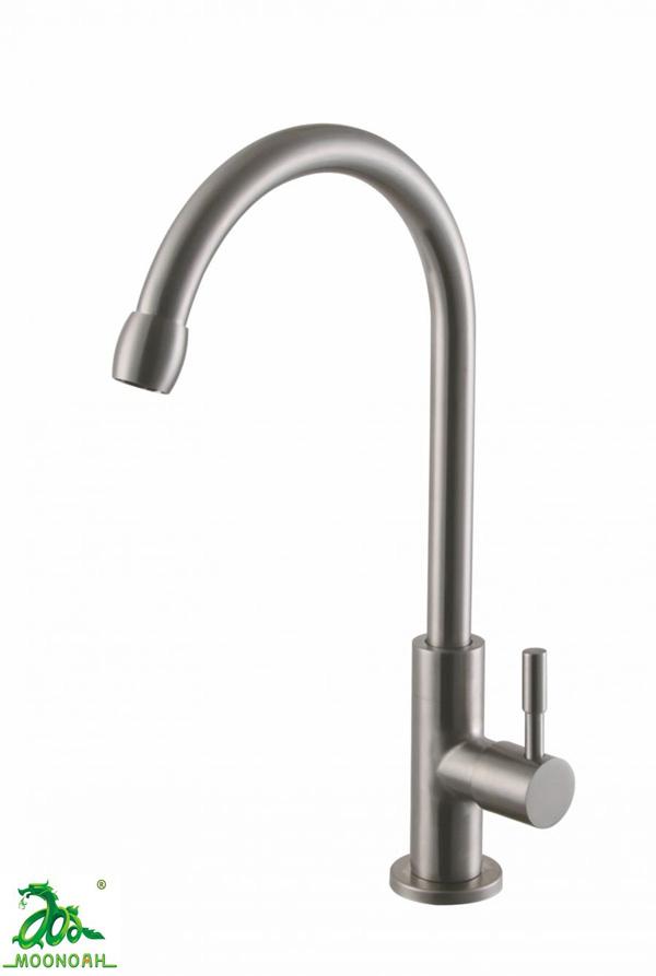 Vòi rửa bát 1 đường lạnh MOONOAH MN-309