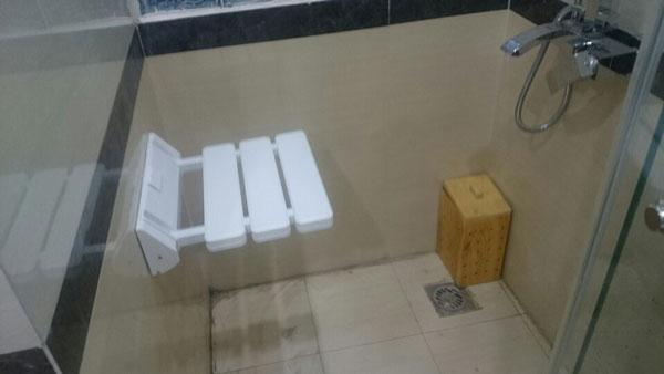Quy trình 4 bước vệ sinh phòng xông hơi ướt - ảnh 2