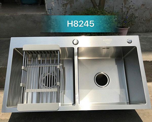 Chậu rửa bát giá rẻ đúc liền khối 2 hố cân Korea TP-8245