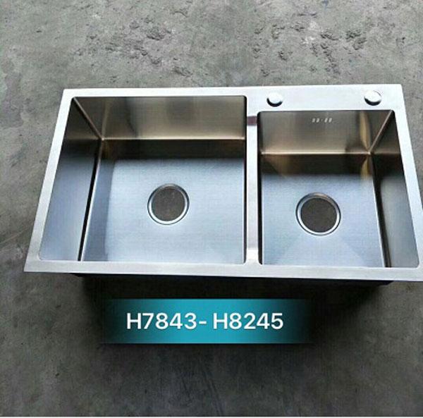Chậu rửa bát giá rẻ đúc liền khối 2 hố lệch Korea TP-H-7843