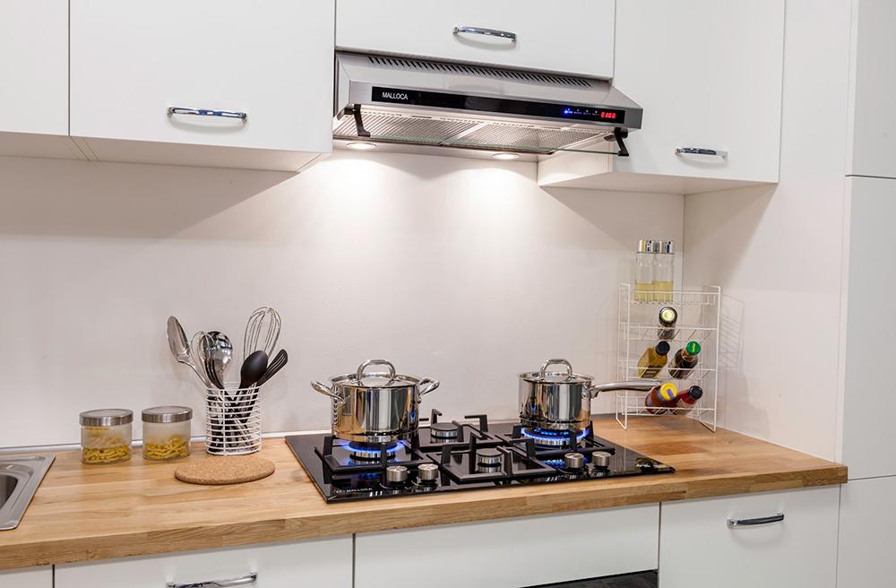 Hướng dẫn vệ sinh máy hút mùi nhà bếp đơn giản hiệu quả