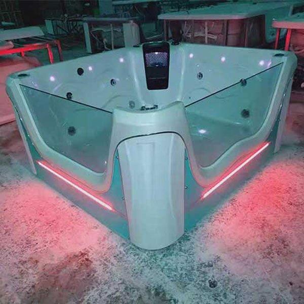 Bồn tắm massage Laiwen đèn led theo yêu cầu