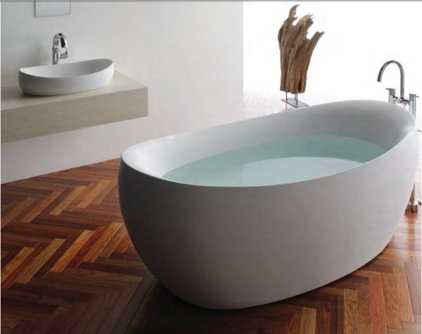 bồn tắm micio