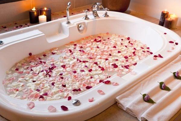 tự bảo quản bồn tắm massage