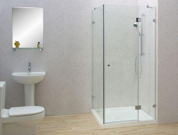 Vách tắm kính cường lực có rất nhiều đặc điểm nổi bật so với các thiết bị bình thường khác