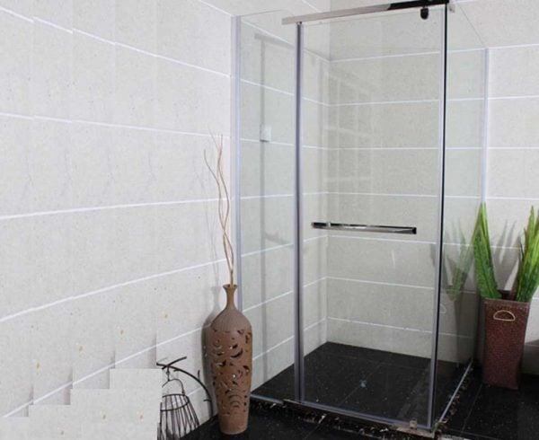Vách tắm kính là những thiết bị được sản xuất trên dây chuyền hiện đại ở nhiệt độ từ 500 đến 700 độ C