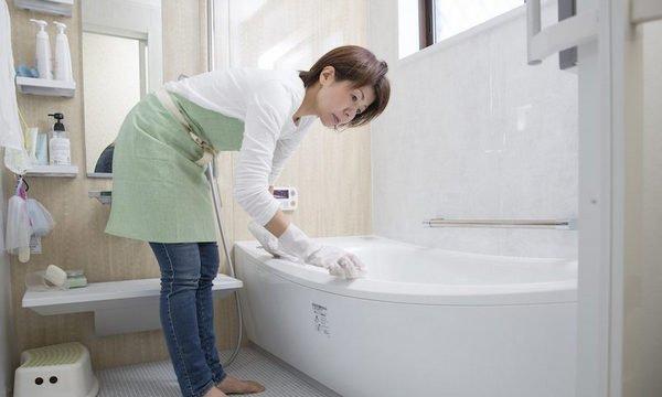 Cách vệ sinh bồn tắm massage đơn giản, hiểu qur