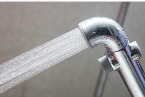Vòi xịt toilet inax được nhiều người lựa chọn sử dụng