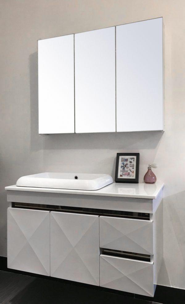 Lựa chọn sản phẩm có kích thước hài hòa, cân đối với phòng tắm