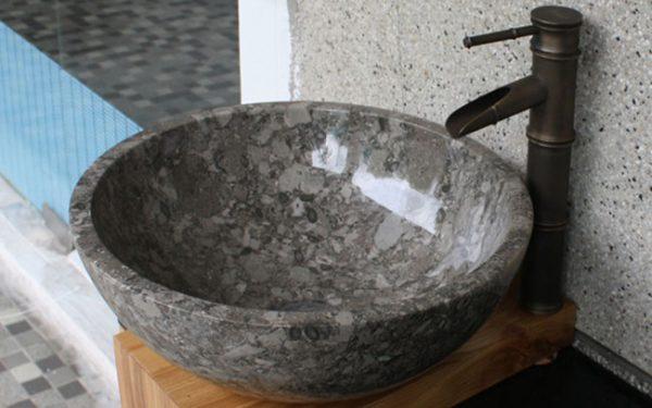 Chậu rửa mặt lavabo có nhiều đặc điểm nổi bật