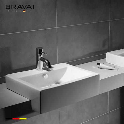 Chậu rửa lavabo Bravat C2295W-1-ENG bán âm vuông