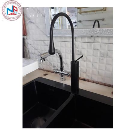 Vòi rửa bát mầu đen sơn tĩnh điện chông xước chống bám bẩn 1
