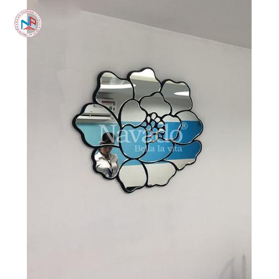Gương trang trí nghệ thuật Navado Rose mirror