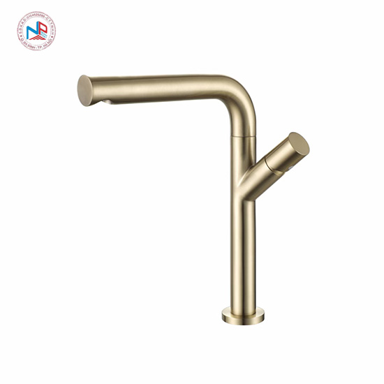 Vòi rửa bát mạ vàng NP412