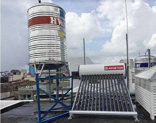 Một sỗ mẫu máy nước nóng năng lượng mặt trời đáng mua 3