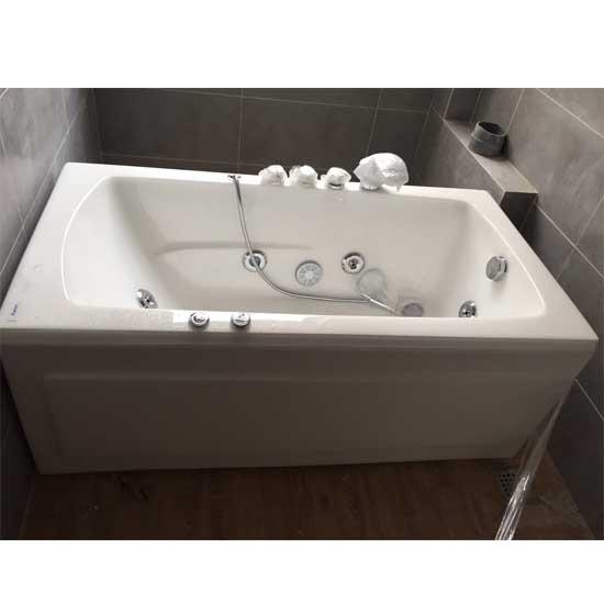 Bồn tắm massage Sewo NP-382