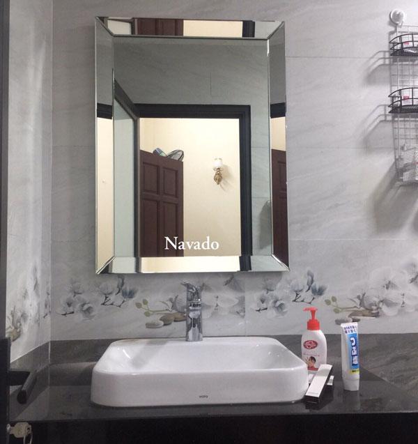 Tác dụng gương phòng tắm 1