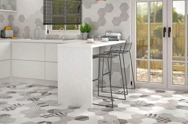 Chọn gạch lát nền nhà bếp đẹp sang trọng và phong thủy
